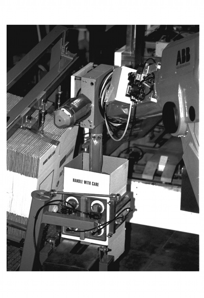 IMG: Robot Arm Tool in operation